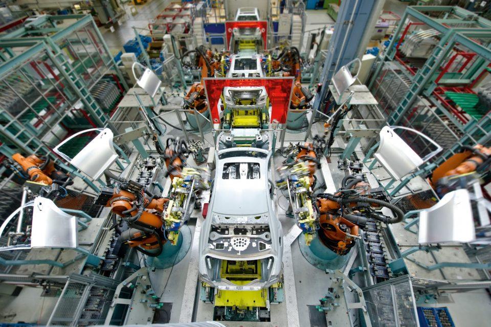 Produktion Daimler AG - Roboter