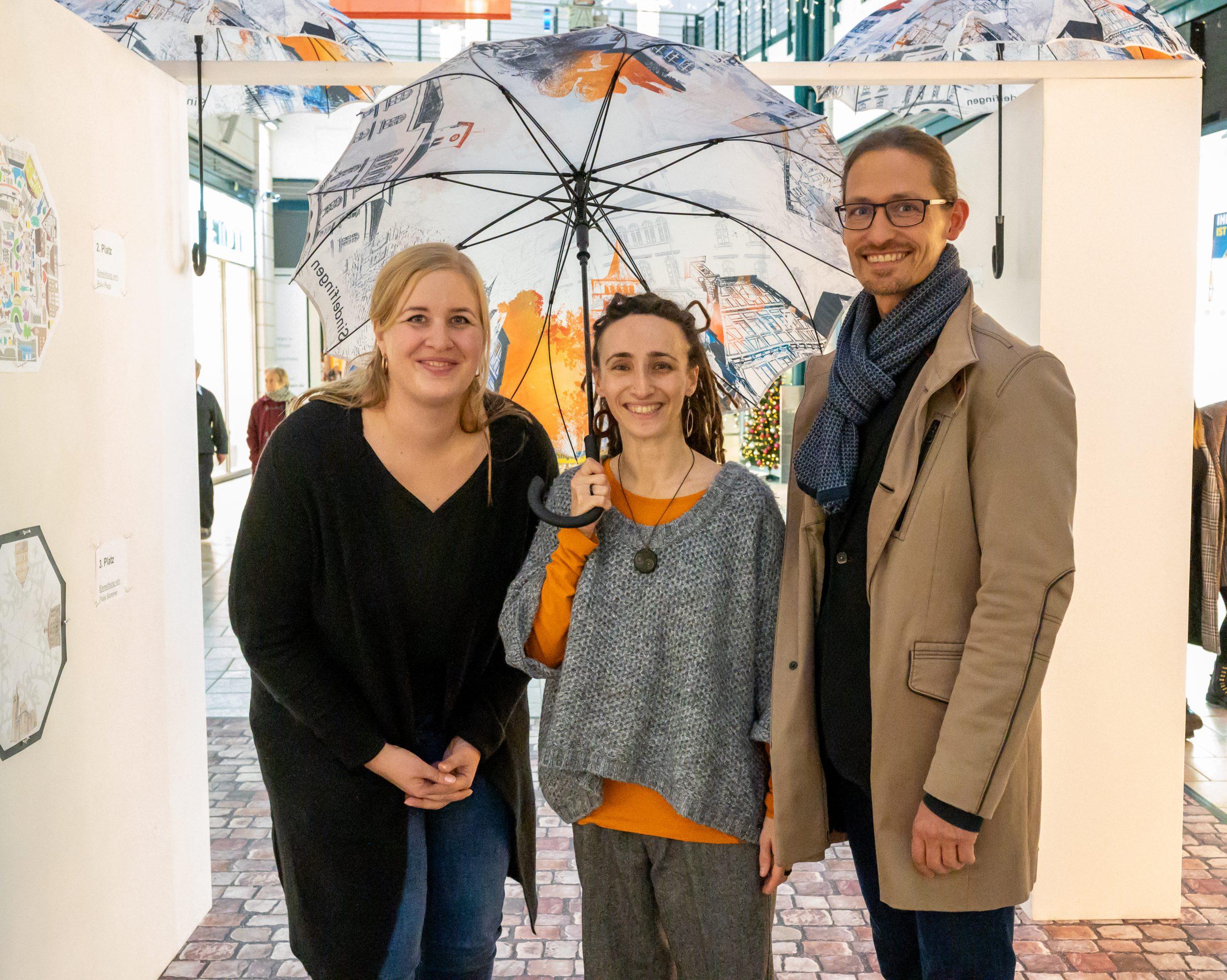 Gewinnerin des Gestaltungswettbewerbs Stadtschirm Sindelfingen