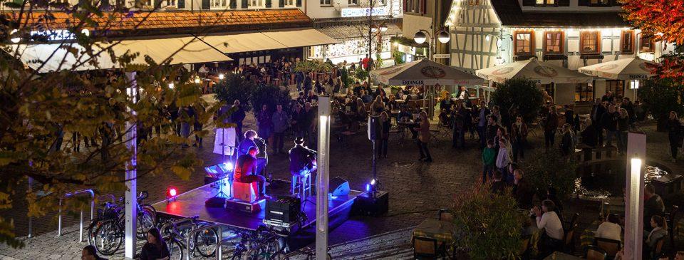 Bühne auf dem Wettbachplatz