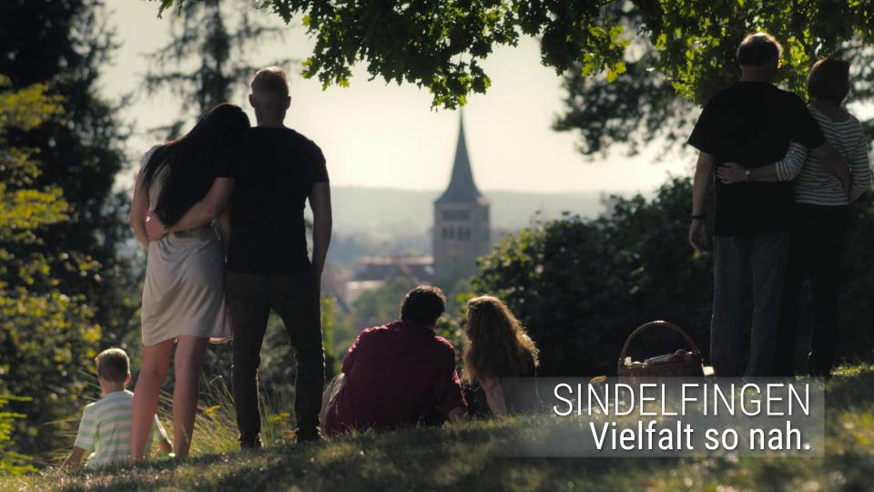 Paare beim Picknick am Herrenwäldlesberg